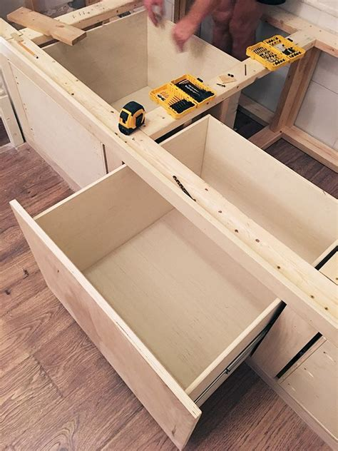 Lowes-Storage-Bench-Plans