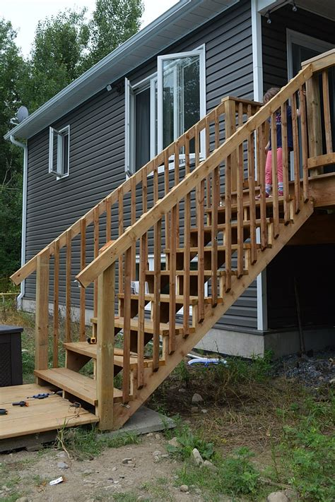 Lumber To Build Deck Stairs