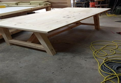 Lumberjocks-Farmhouse-Table