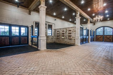Luxury Horse Stable Plans With Apartment