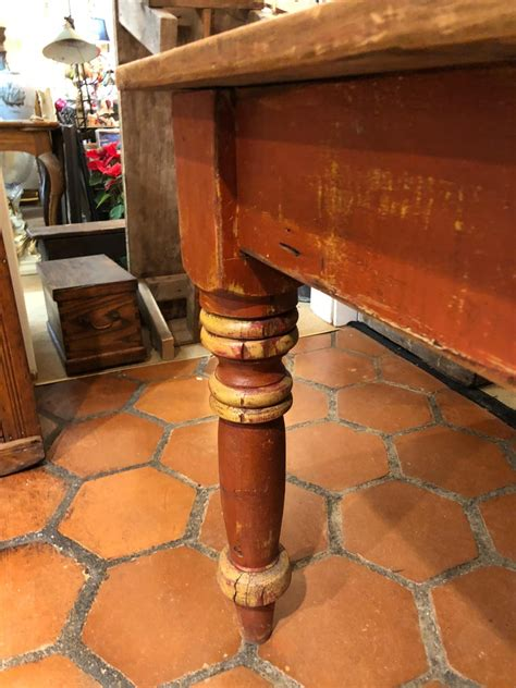 Maine-Farmhouse-Table