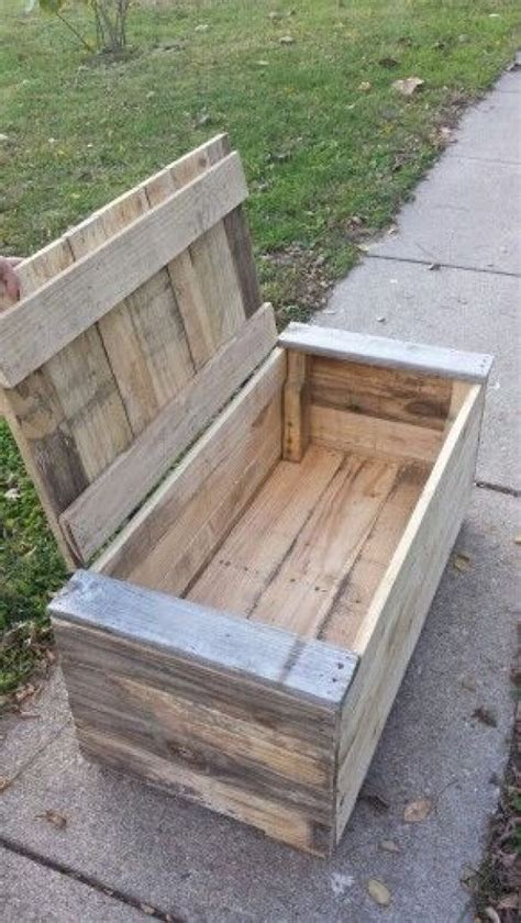 Make Toy Box Out Of Pallets