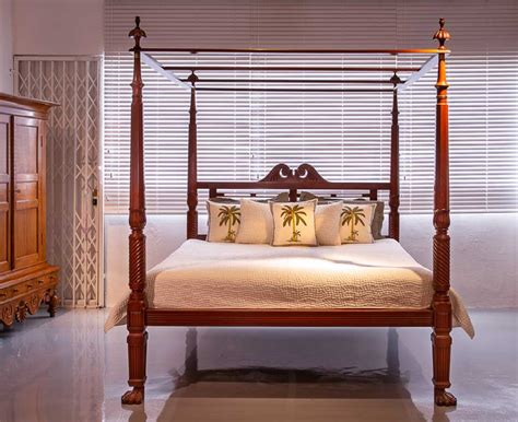 Making A Four Post Bed