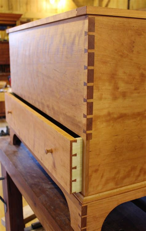Making A Shaker Blanket Chest