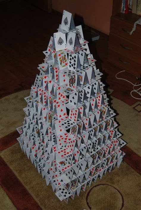 [pdf] Making Houses Out Of A Deck Of Cards Manually.
