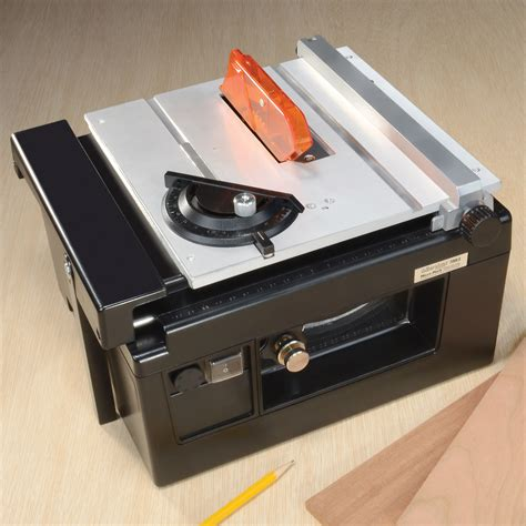 Making Mini Table Saw