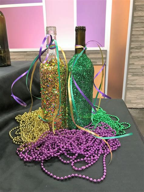 Mardi-Gras-Decorations-Diy
