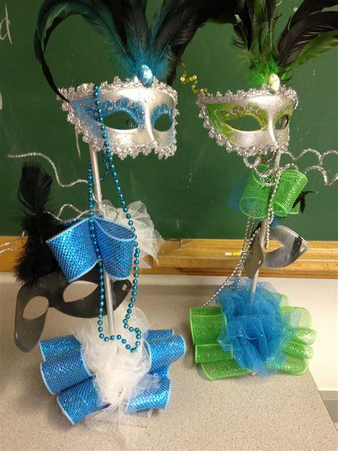 Masquerade-Ball-Decorations-Diy