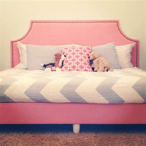 Mattress-And-Box-Spring-Into-Daybed-Diy