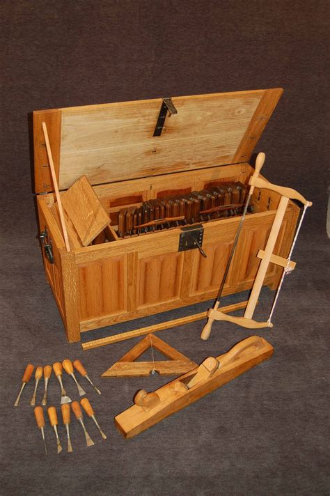 Medieval-Woodworking-Chisels