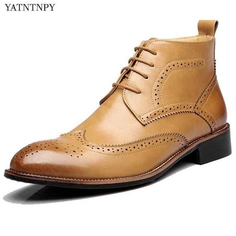 Men's Martin Boots Lace-up Carved Bullock Leather Retro Oxford Combat Chukka