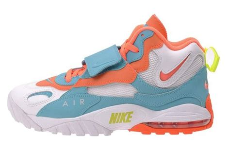Men's Air Max Speed Turf, WHITE/BRIGHT MANGO/TOTAL CRIMSON/BRT TURQUOISE, 10.5 M US