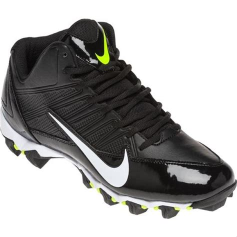 Men's Alpha Shark 2 Three-Quarter Wide Football Cleat