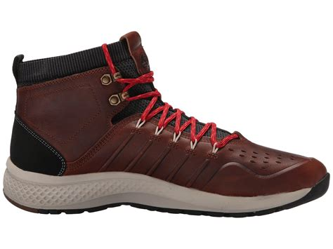 Men's Flyroam Trail Mid Leather