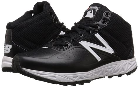 Men's MU950V2 Umpire Mid Shoe