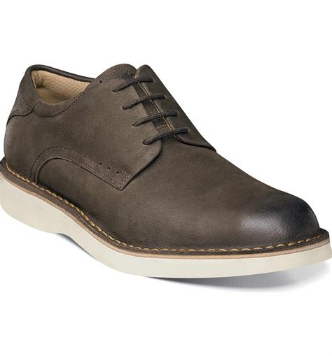 Men's Navigator Plain Toe Oxford