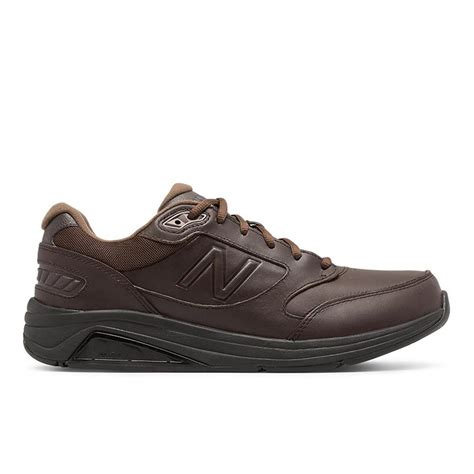 Men's New Balance 4e Walking 920 Sneakers