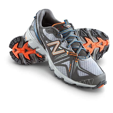 Men's New Balance Mt411d02 Athletic Sneaker