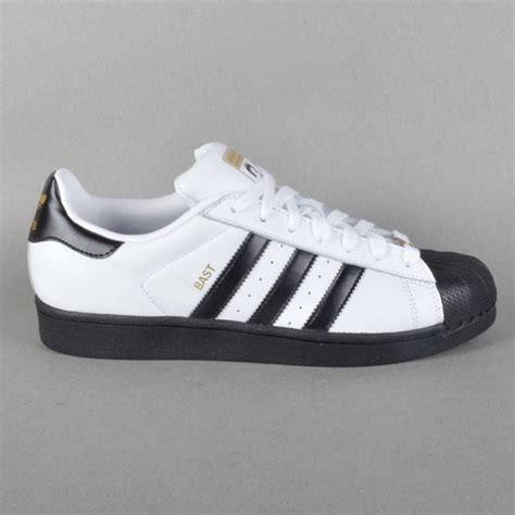 Men's Superstar Skate Shoe