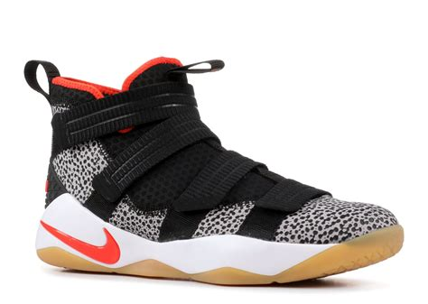 Men's Zoom Lebron Soldier Xi Basketball Shoes (11, Black/White-M)