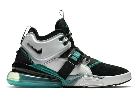 Mens Air Force 270 Basketball Shoe