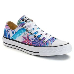 Mens Chuck Taylor All Stars Tropical Print Ox Low Top Canvas Trainers