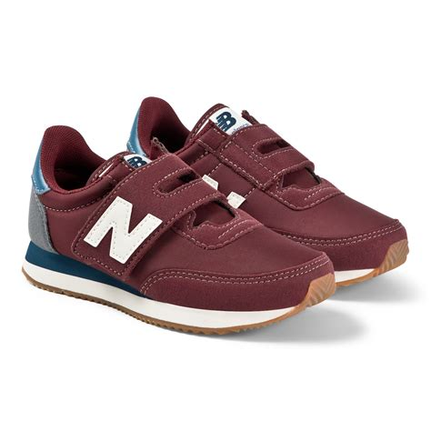 Mens Saddle New Balance Velcro Sneakers