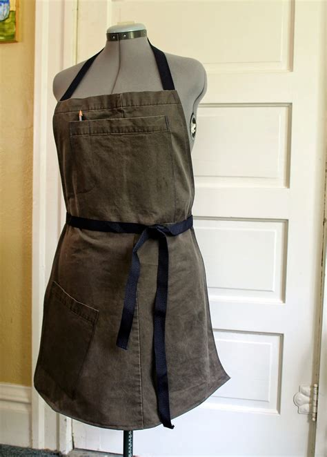 Mens-Woodworking-Apron