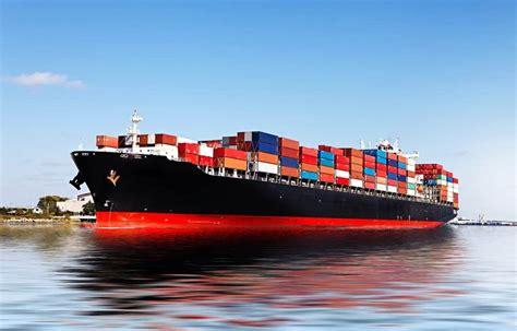 Merchant-Ship-Fleet