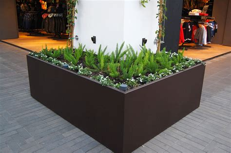 Metal Planters Outdoor Commercial