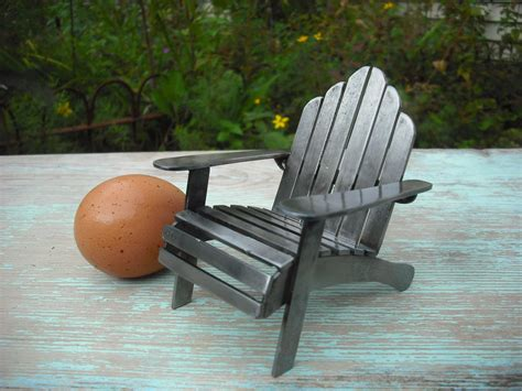 Metal-Adirondack-Outdoor-Chairs