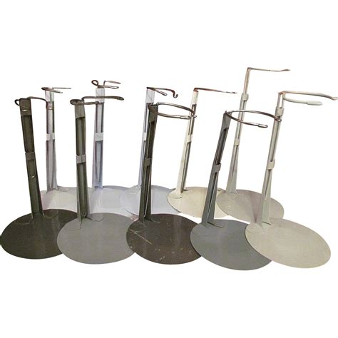 Metal-Doll-Stands