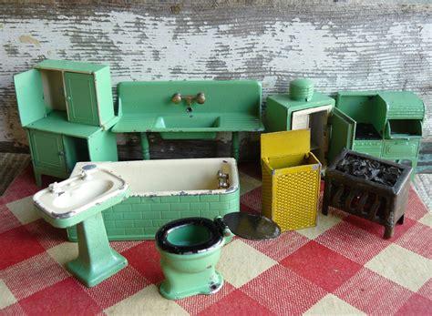 Metal-Dollhouse-Furniture
