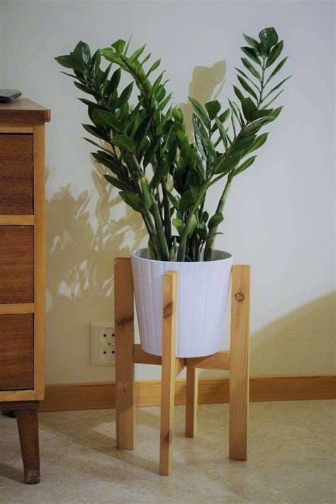 Mid Century Modern Plant Stand Diy Wood