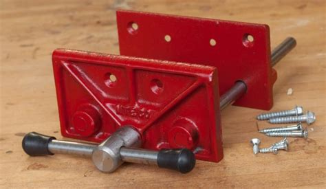Milwaukee-Small-Woodworking-Vise
