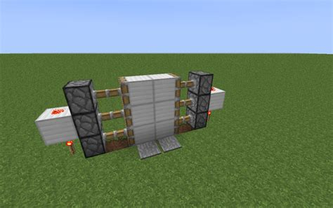 Minecraft-Piston-Door-Diy