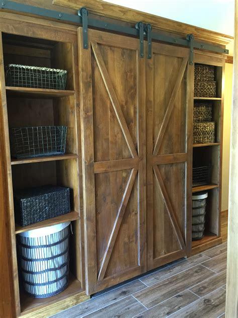 Mini-Cabinet-Barn-Door-Diy