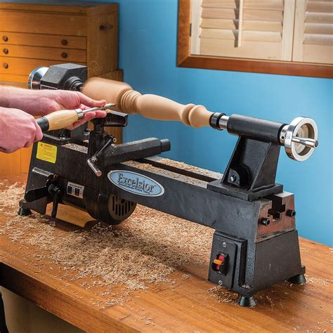 Mini-Hobby-Woodworking-Lathe