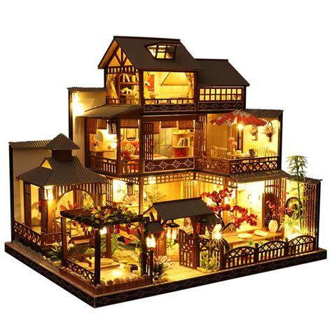 Miniature-House-Building-Kits