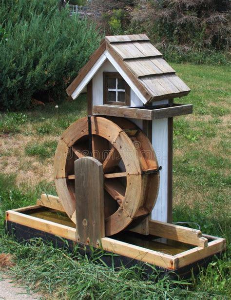 Miniature-Water-Wheel-Plans