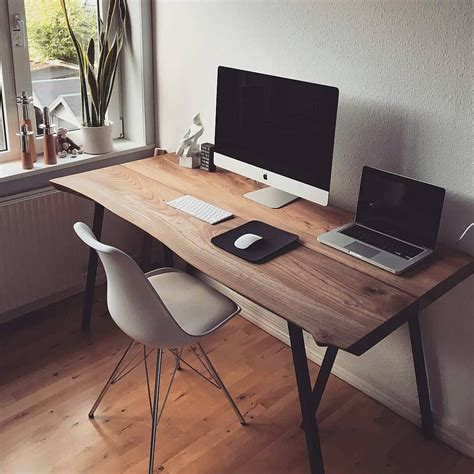 Minimalist-Office-Desk-Diy