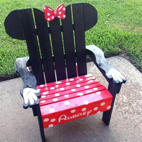 Minnie-Mouse-Chair-Diy
