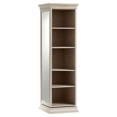 Mirrored-Storage-Tower