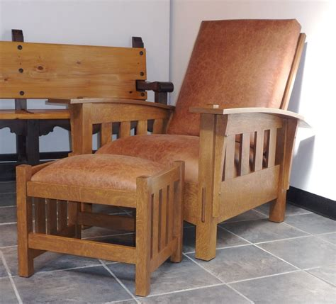 Mission-Style-Arm-Chair-Plans-Fine-Woodworking