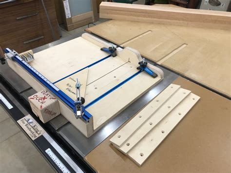 Miter-Sled-For-Table-Saw-Plans