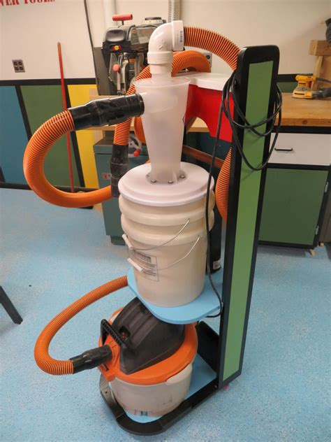 Mobile-Vacuum-For-Woodworking