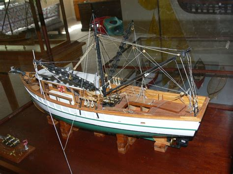 Model Shrimp Boat Plans