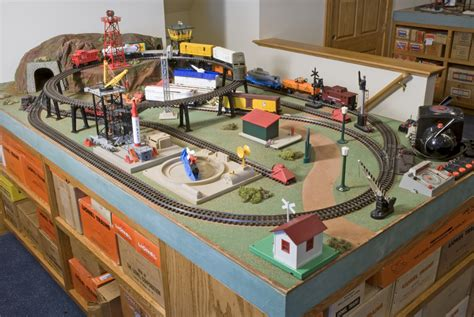[pdf] Model Trains For Beginners.