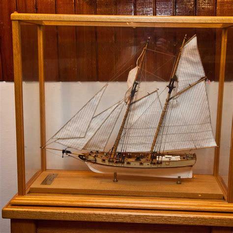 Model-Ship-Display-Case-Plans