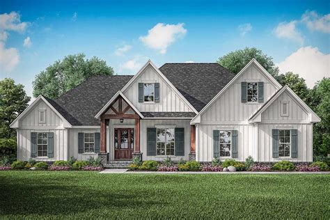Modern-Farmhouse-House-Plans
